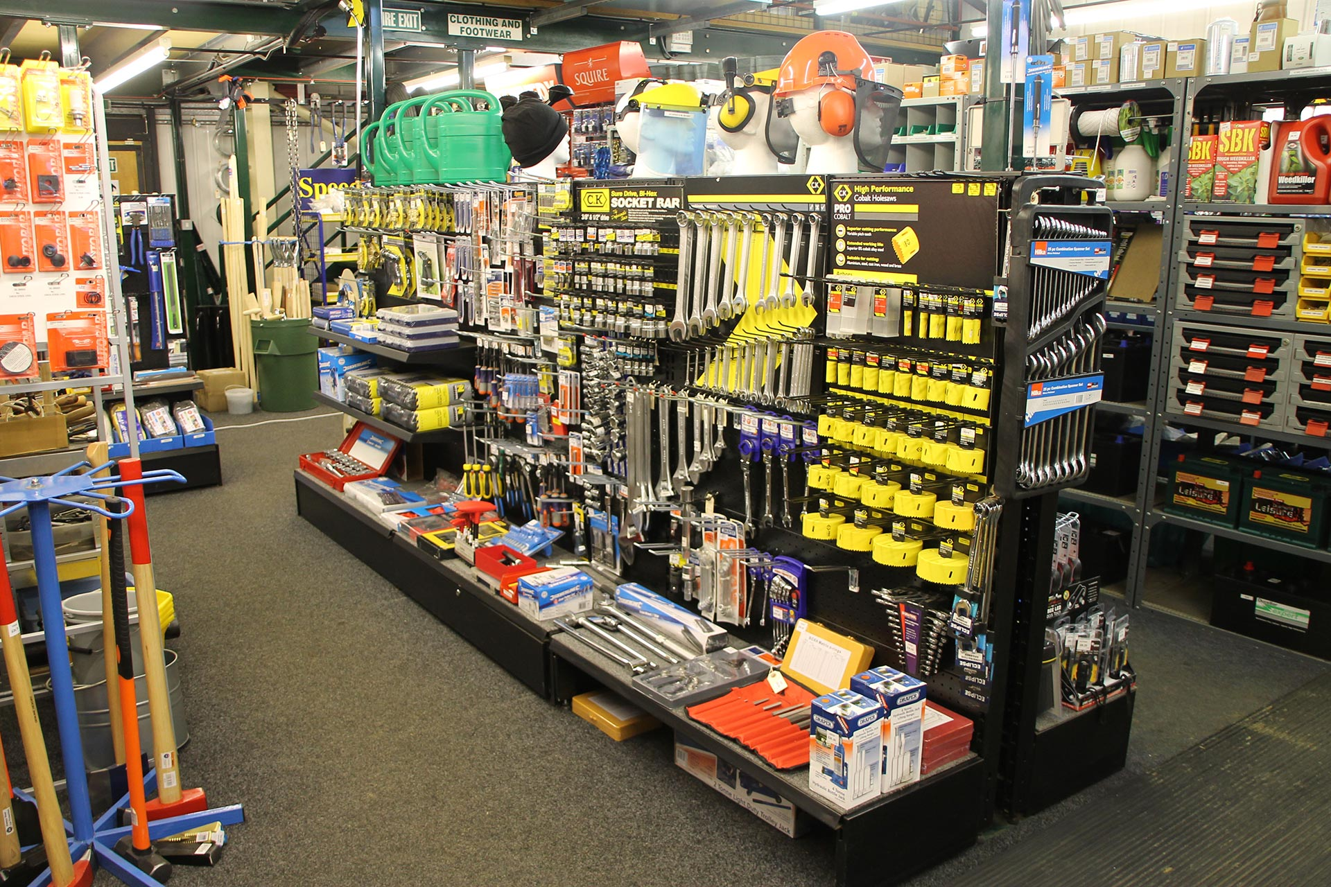 Hand tools and accessories visit our webshop